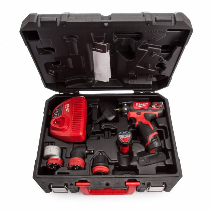 Milwaukee Compact Drill Driver with Removable Chuck